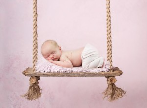 reclaimed-wood-swing-on-pink-vertical-download Kopie FB-3 FB